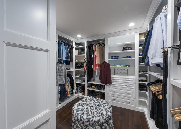 Custom Built-In Furniture Michigan